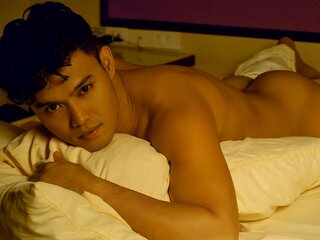 AndersMendoza adult ass