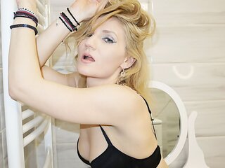ChristineEve pics anal