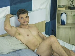 LuccaFiorella naked porn