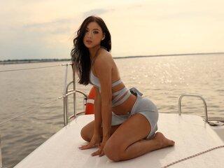 MeganRemi show jasmine